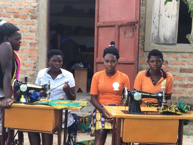 Sewing class over outside